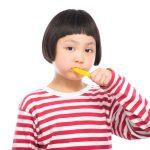 【ママの疑問】子供の歯磨き!仕上げ磨きは何歳までやればいいの?虫歯は親の責任!?